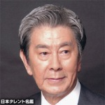 俳優の宇津井健さんが82歳で逝去。死因の慢性呼吸不全の症状や治療法とは?